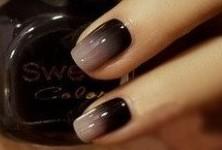 1. ombre nails