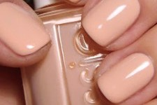 2. nude nails