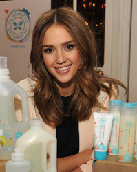 Actress-Jessica-Alba-Launches-The-Honest-Company