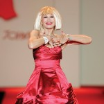 Betsey_Johnson,_Red_Dress_Collection_2007